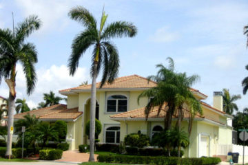 Painting Contractor & Waterproofing Boca's services include both interior and exterior painting, with a thorough cleaning applied to the area in advance, and all concern for environs that need to remain paint-free being taken into account.